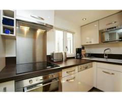 Comfortable & Magnificient Apartment (1st Arrondissement Louvre)