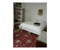 Cozy Furnished Paris Apartment (9th arr near Montmartre)