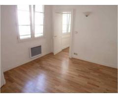 Flat for rent - 86 m² - 3/4 rooms - Marais