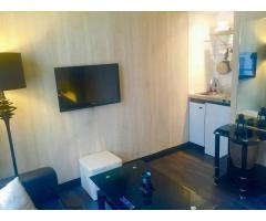 Neuilly Maurice Barres  furnished studio